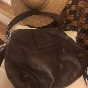 🌹Sophisticated styled shoulder bag -ELLIOTT LUCCA
